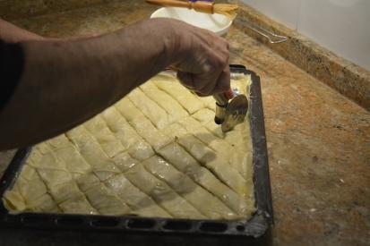 cortando la baklava